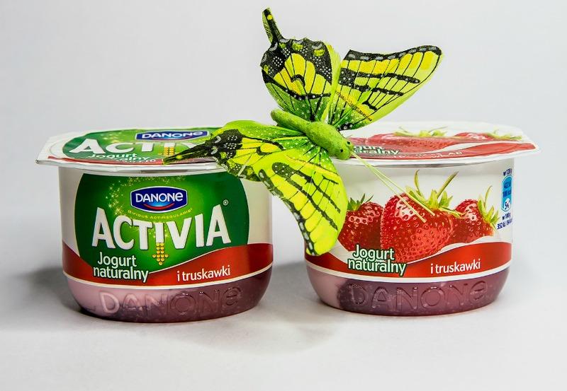 activia jogurt naturalny i owoce