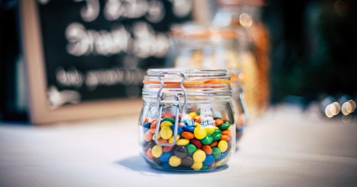 Jak jeść mniej słodyczy?